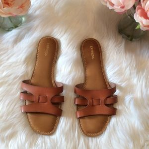 Express Cognac Bedford Sandals